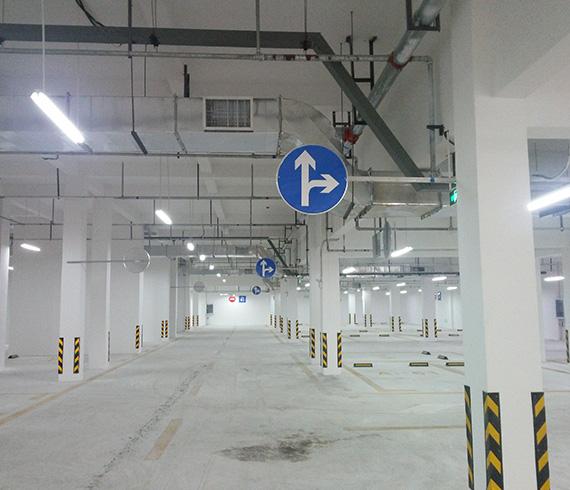 停车场交通设施
